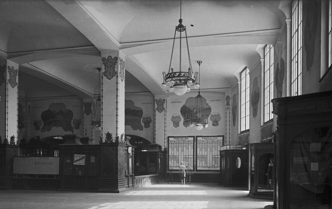 2019 und 1921: Bahnhofquartier, Bahnhofplatz