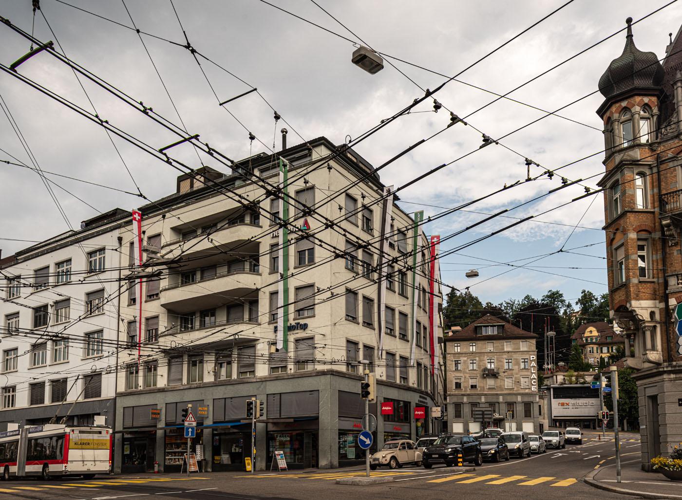 2019 und 1931: Schibenertor und Bahnhofstrasse