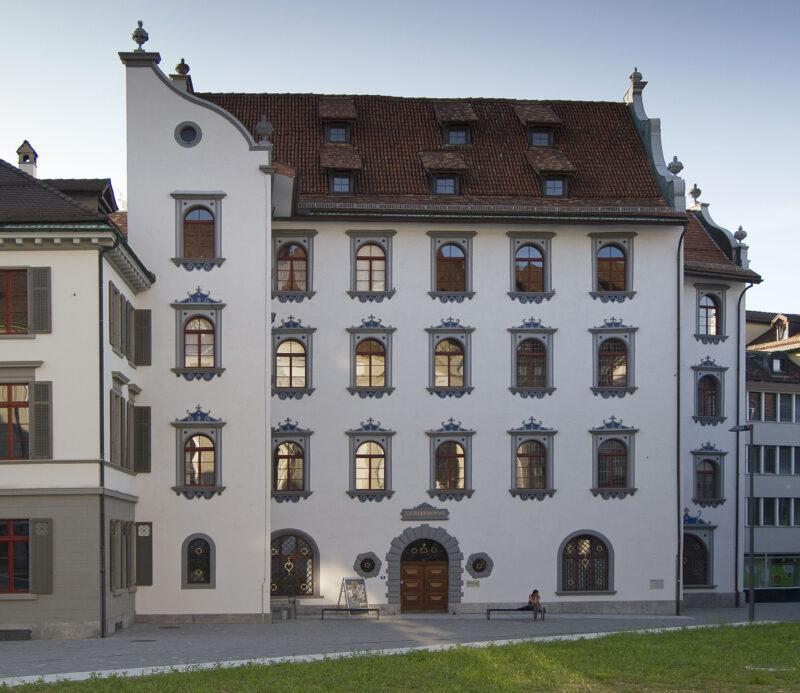 Das Hohe Haus (Stadthaus) wird Verwaltungssitz der Ortsbürgergemeinde | Jahr 1867
