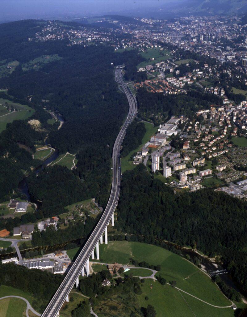 Eröffnung der Stadtautobahn | Jahr 1987